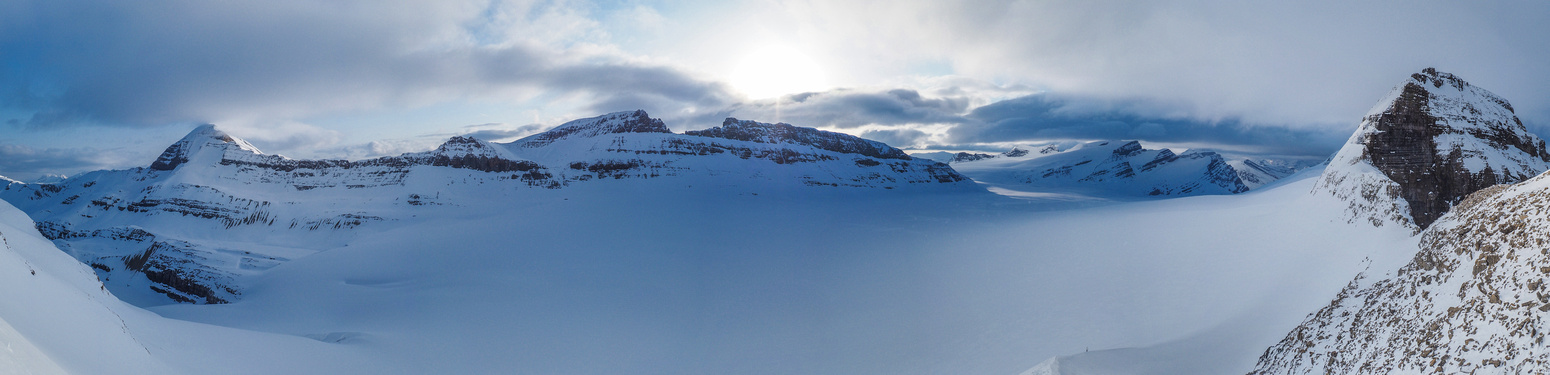 A wider view of the western icefield before the clouds move in includes (L to R), Baker, Habel, Rhondda, Gordon and Collesha.