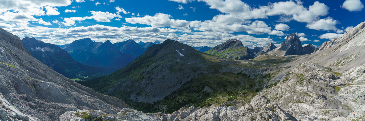Burstall Pass Peak at center, Snow Peak to the right and Mount Smuts and Birdwood on the right.