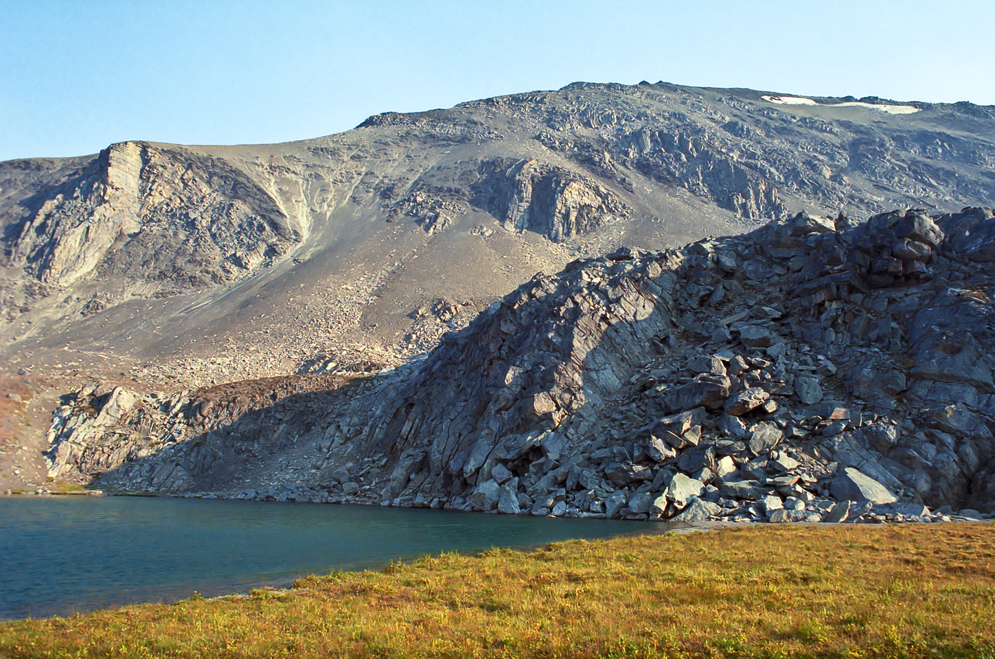 A refreshing tarn that we took a dip in on the way back down from Antler Ridge.
