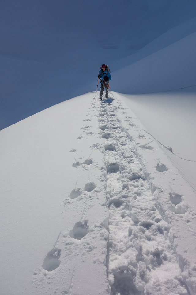 Back up a nice arete on the ice field.