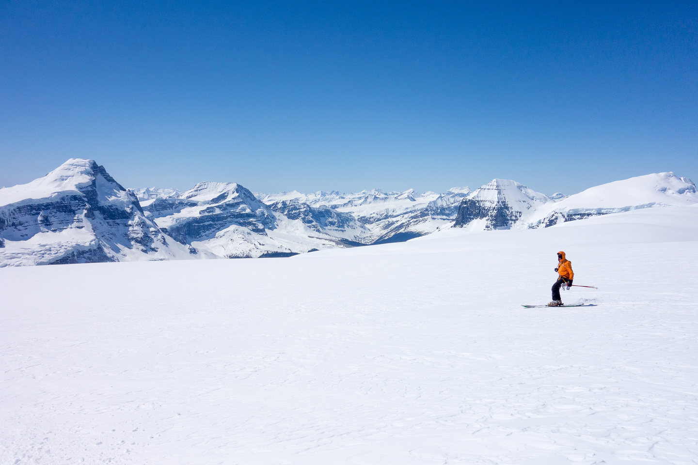 A delightful ski back down to our packs.