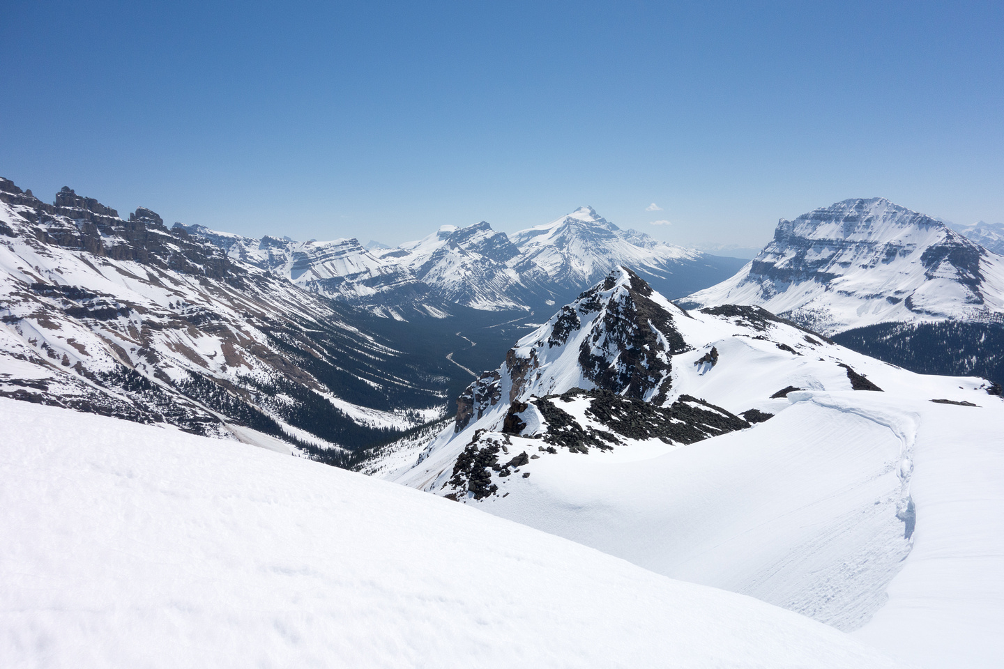 Looking south towards Hector (L) and Bow Peak (R).