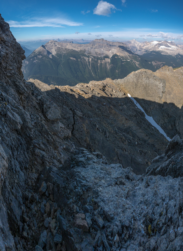 Looking back along the crux from near the awkward step.