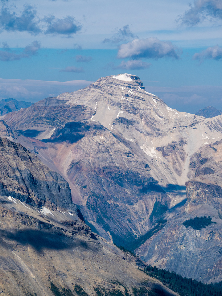 Mount Carnarvon is a huge mountain and was my last Kane peak (2nd edition).
