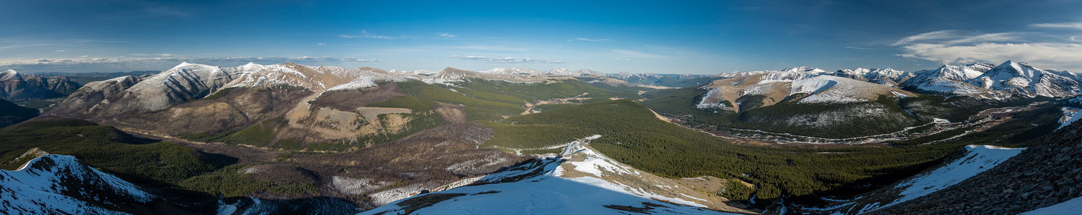 Beautiful lighting as we descend. Scalp (L), Hat, Well Site and Wapiti. Tinda ranch at center.