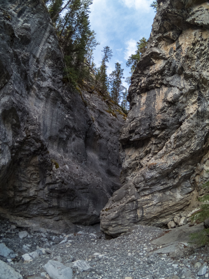The access canyon.