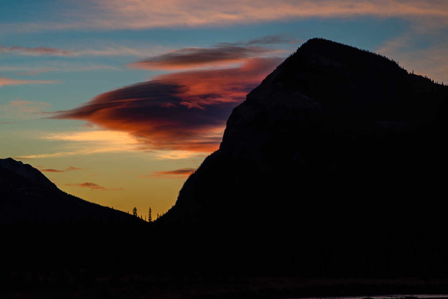 An outlier of Labyrinth Mountain at sunrise.