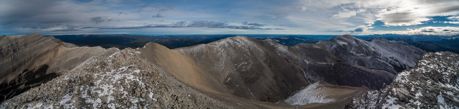 Pano from the east summit of Poplar Peak looking north, east and south to Eagle Mountain on the far right.
