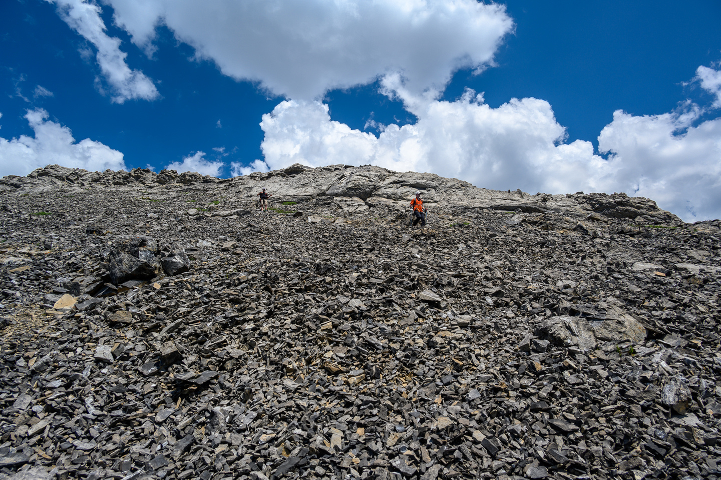 Descending the south ridge of the west outlier.