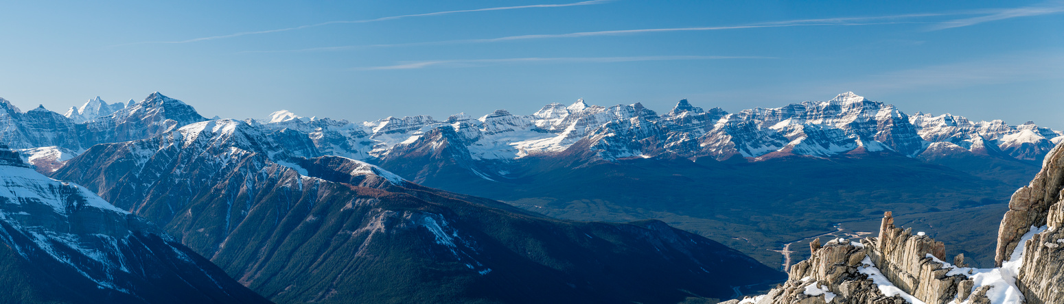A panorama from the Goodsirs at left to Deltaform and Hungabee and Temple at right.
