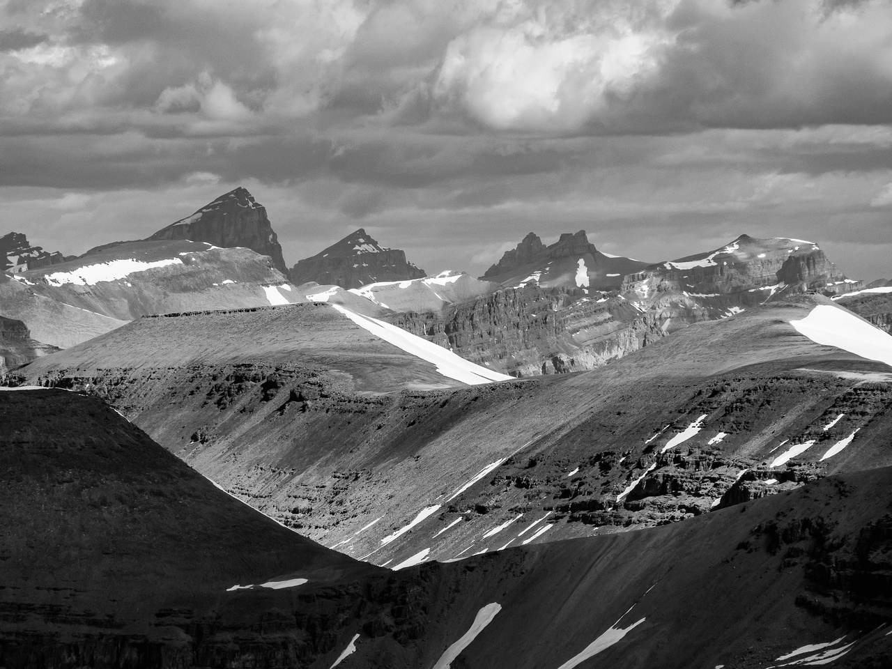 Mount Cline (L) with Resolute to the right.