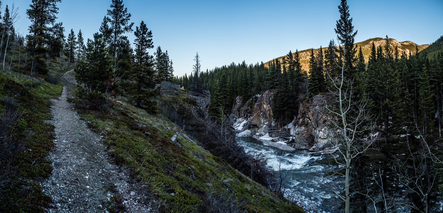A great shot from the hike back along Cataract Creek showing the lovely area tucked into a valley just south of Hwy 541 across the Highwood River.