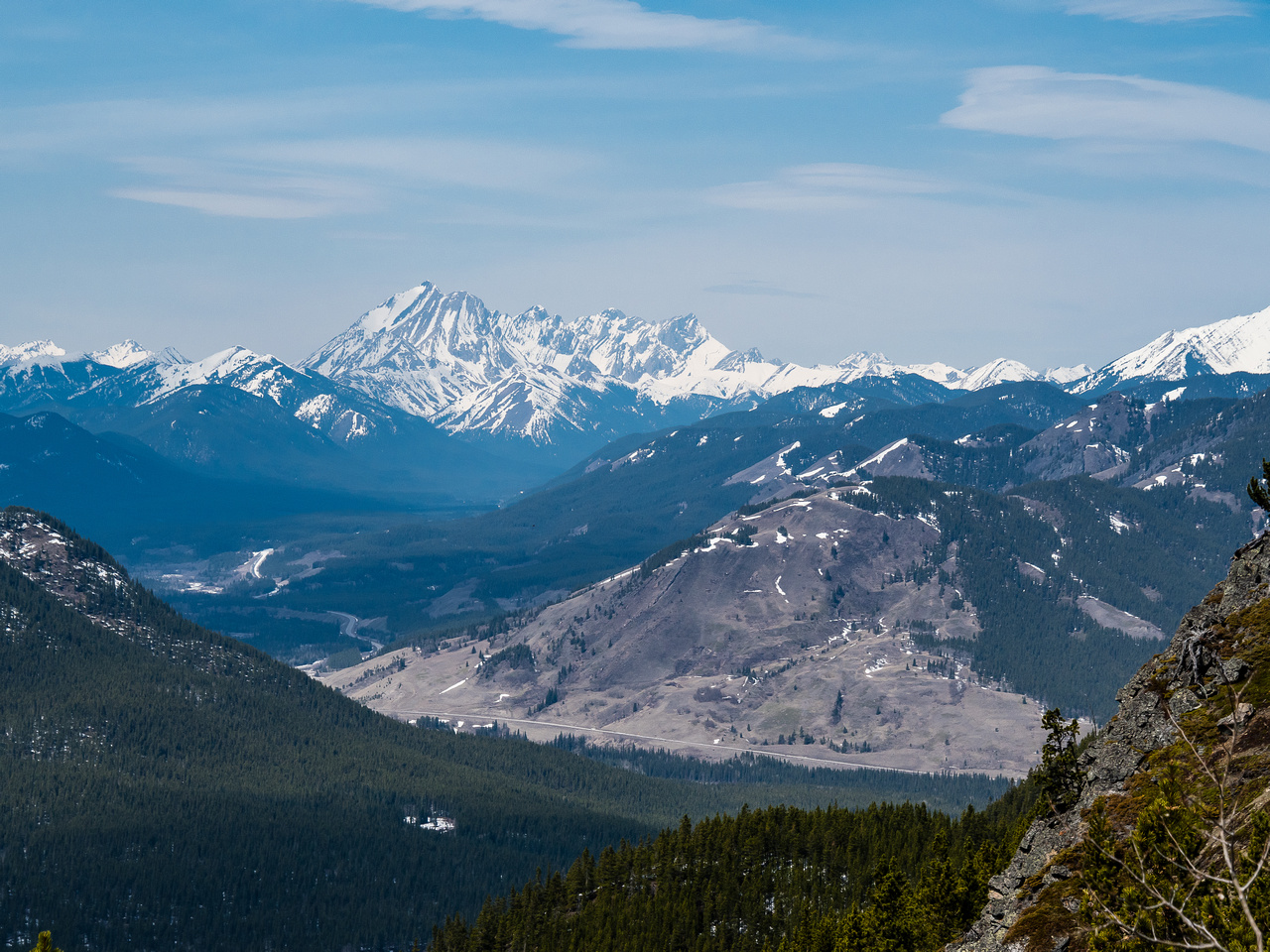 One more view towards the Highwood Pass area and Mist Mountain over Junction Hill.