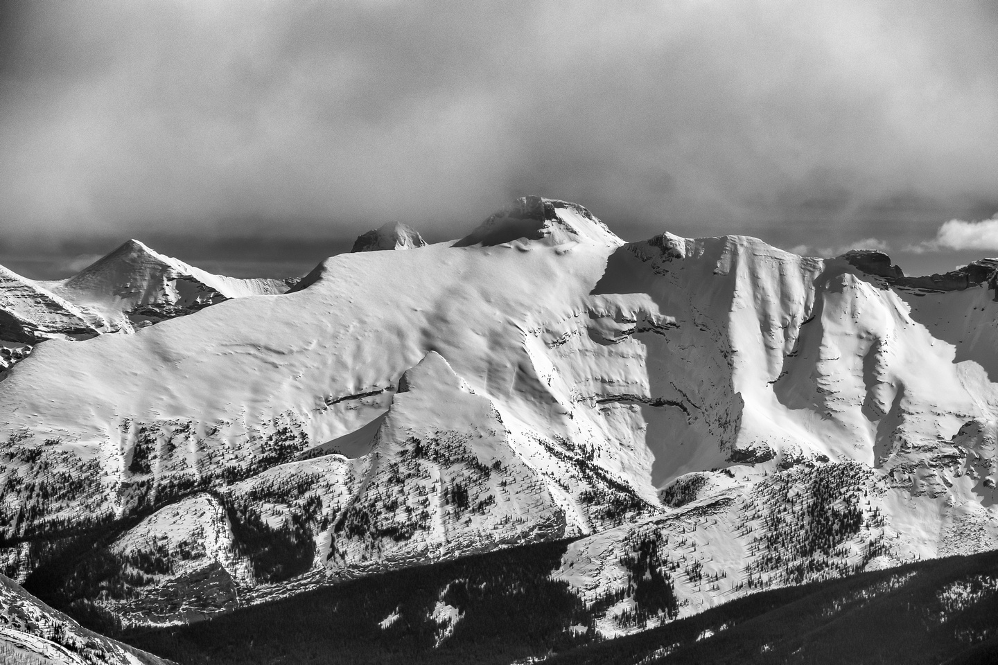Mount Sparrowhawk with Read's Tower in front and Lougheed III and IV (Wind Mountain) at left.