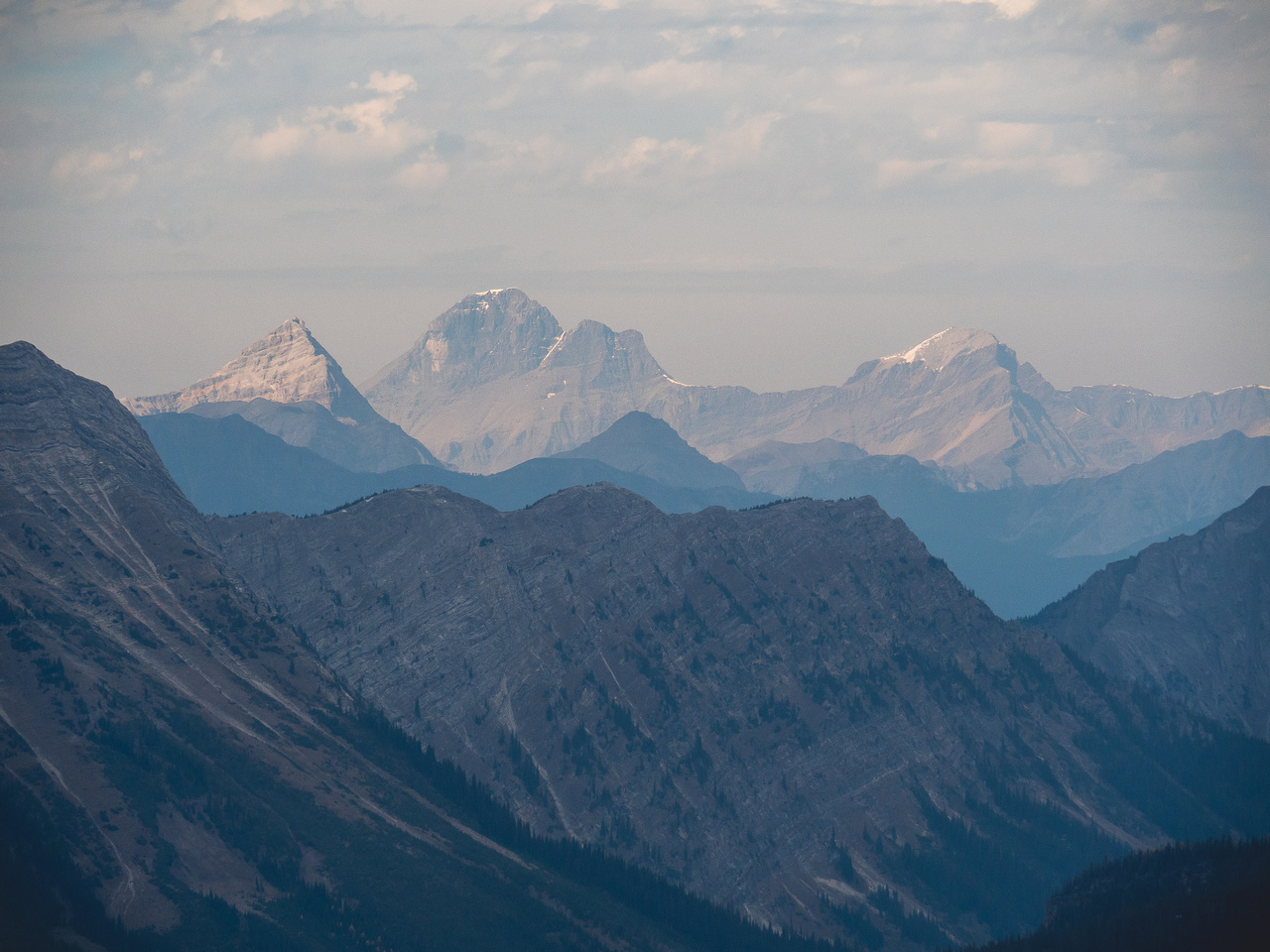 Great telephoto views into Mount Harrison with Smith Peak on the right.