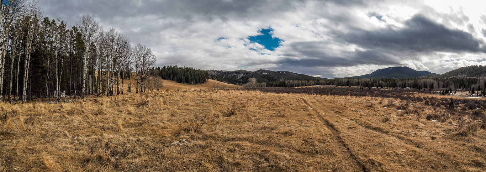 A panorama of the flats between Wolf Creek Hill, Channel Ridge, Blue ridge and Mount Dyson.