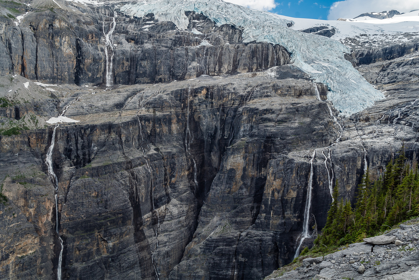 """This spectacular waterfall is called, """"Cerberus Falls"""" and plunges hundreds of meters into Icefall Canyon."""