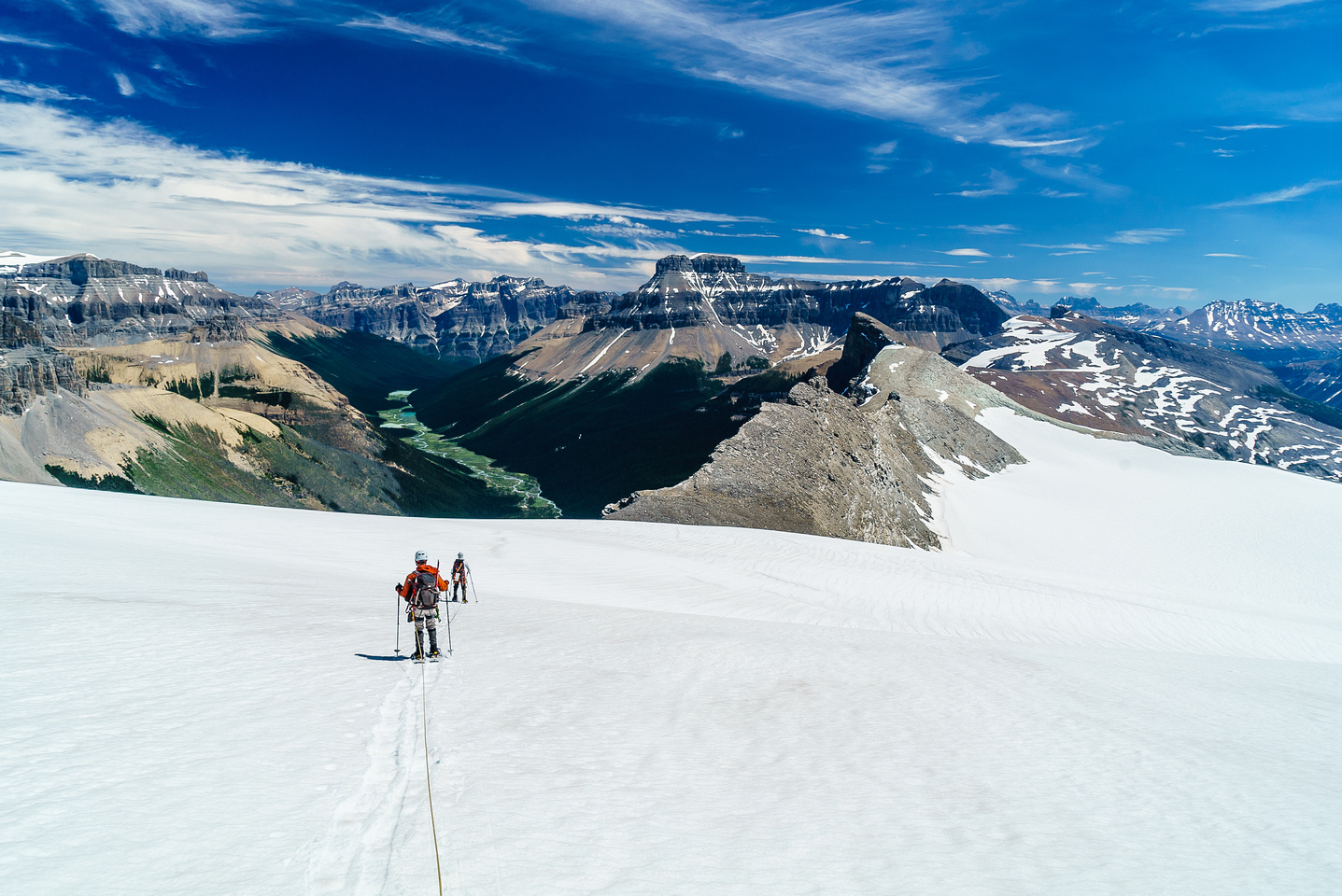 Like any icefield, the distances and elevation changes are drastically under represented from our vantage.