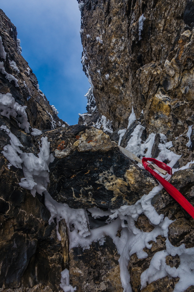Yikes! This is the scene that greeted me in the crux chimney on Mumm Peak.