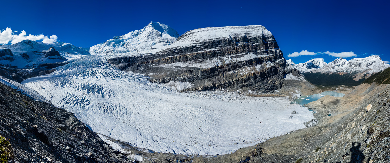 I love this shot of the Robson Glacier, showing how it curves down and around Rearguard Mountain to the terminal lake.