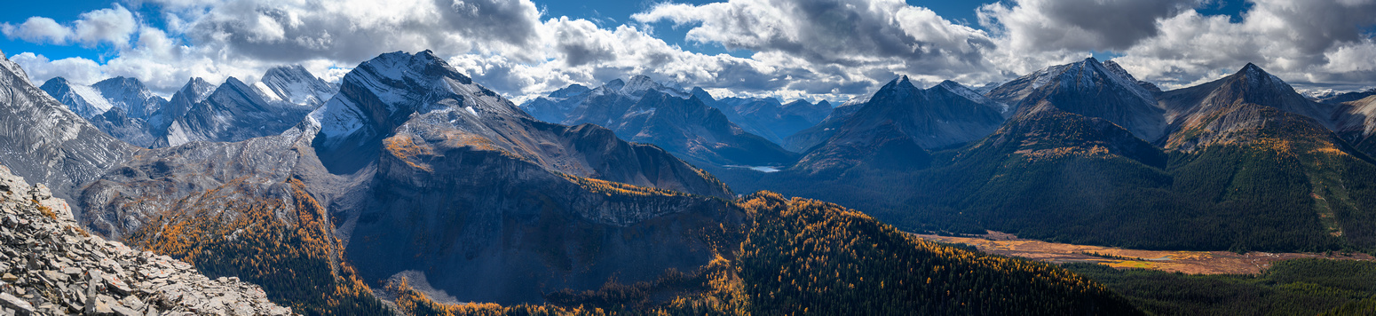 Stunning views to Snow Peak and over the Spray River valley.