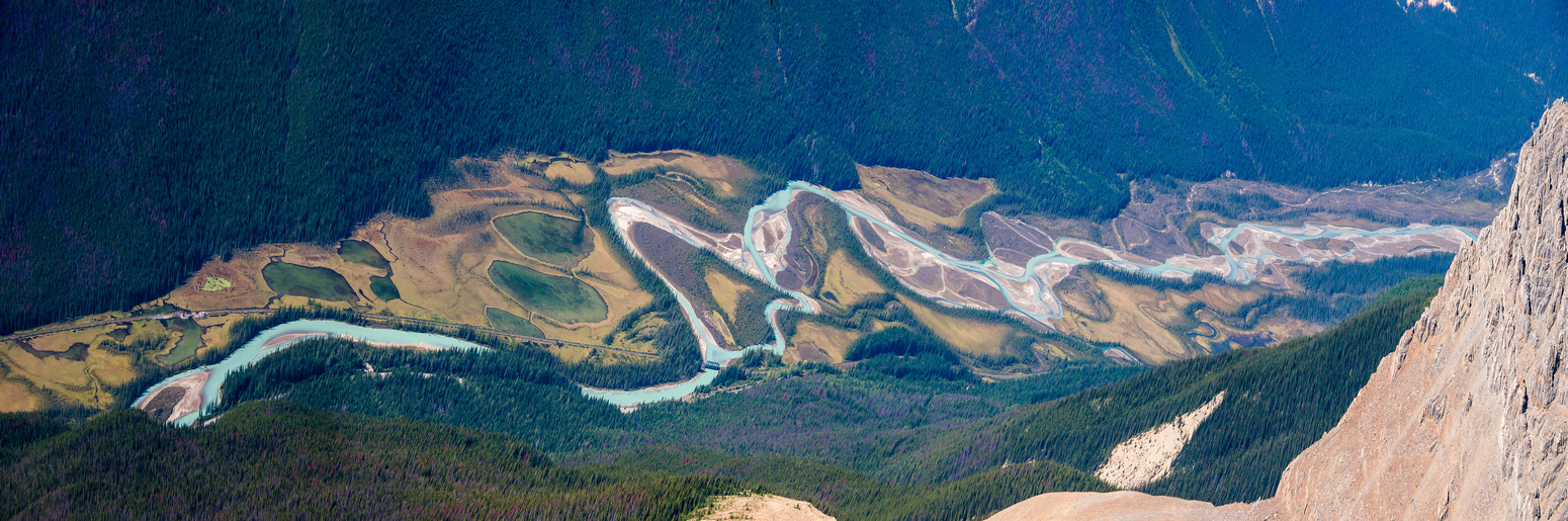 A different sort of pano - the Kicking Horse River winds its way down the valley below.