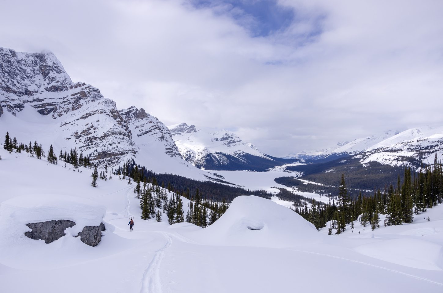 Skiing back down to Bow Lake.