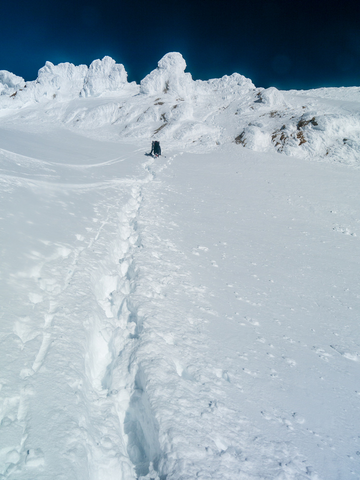 Climbing back up the steep slope to the Balfour high col.