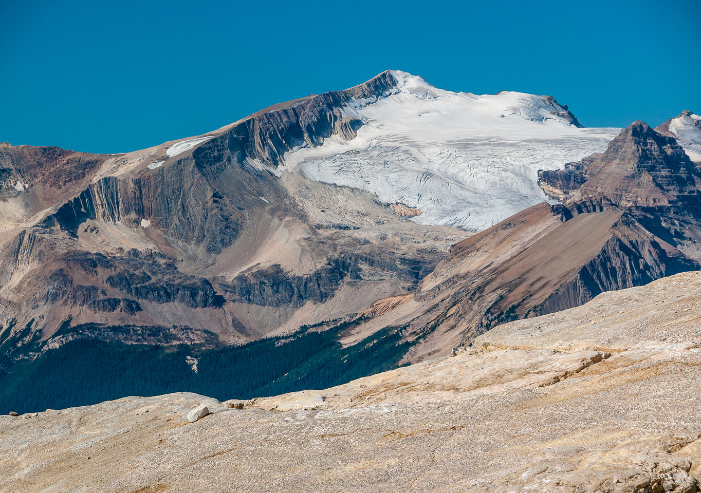 Mount McArthur with Isolated to the right and the Whaleback Ridge in front.