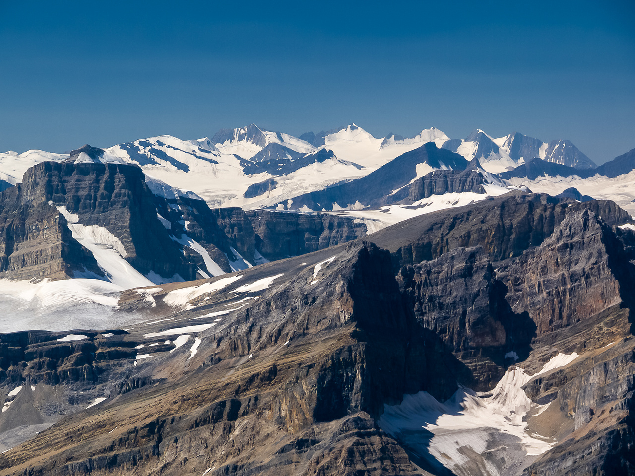Barbette at left with the Freshfield Icefield (Conway Group) in the distance including Whiteavs, Mount de Margerie, Termier and Conway.