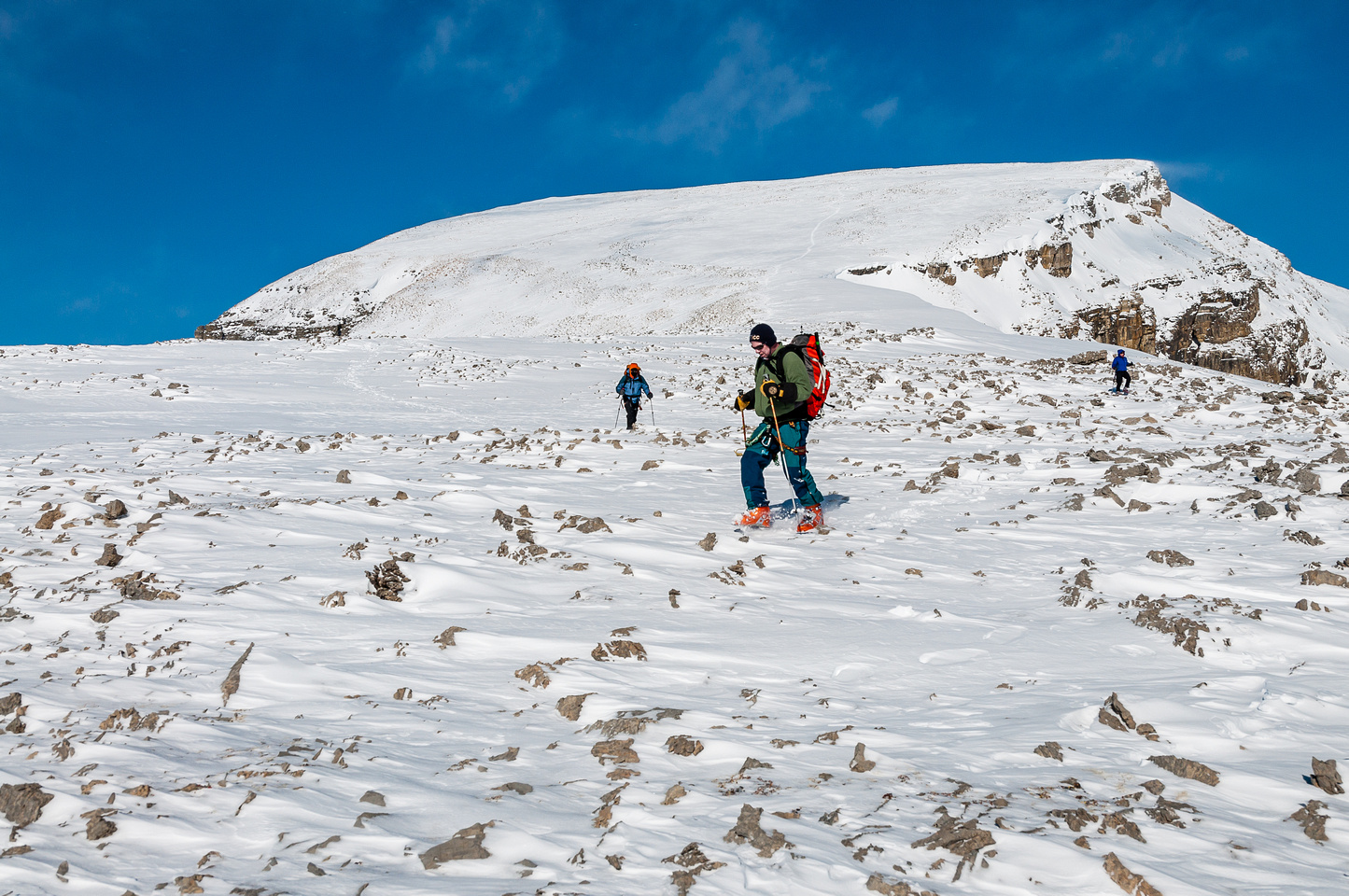 Descending the SW scree slope of Mount Thompson.