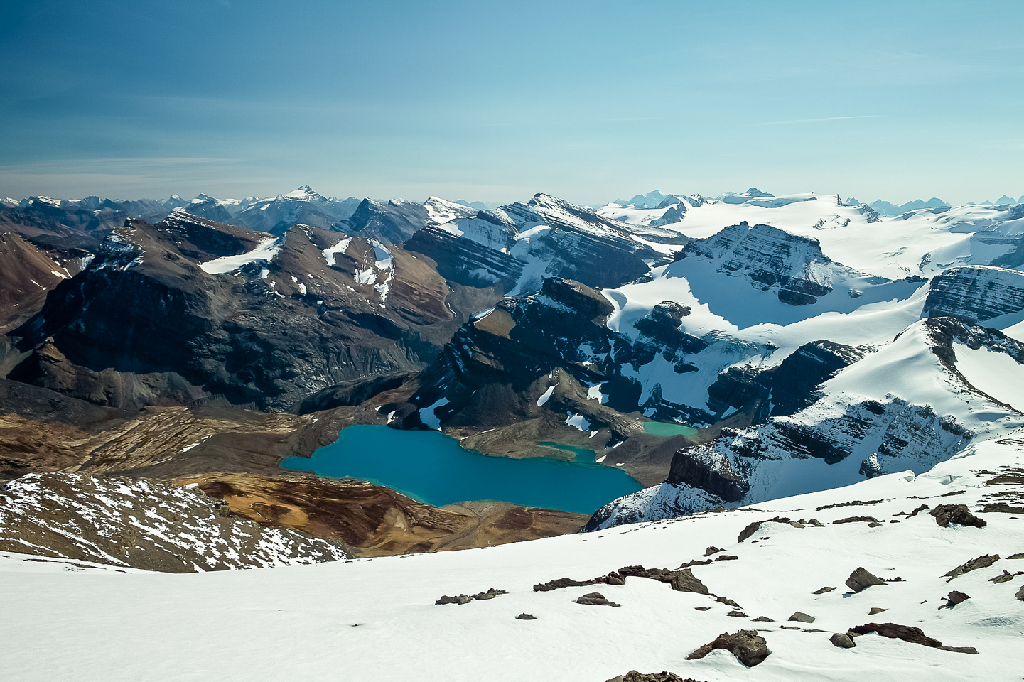 Caldron Lake with Thompson, Peyto and Wapta Icefield beyond.