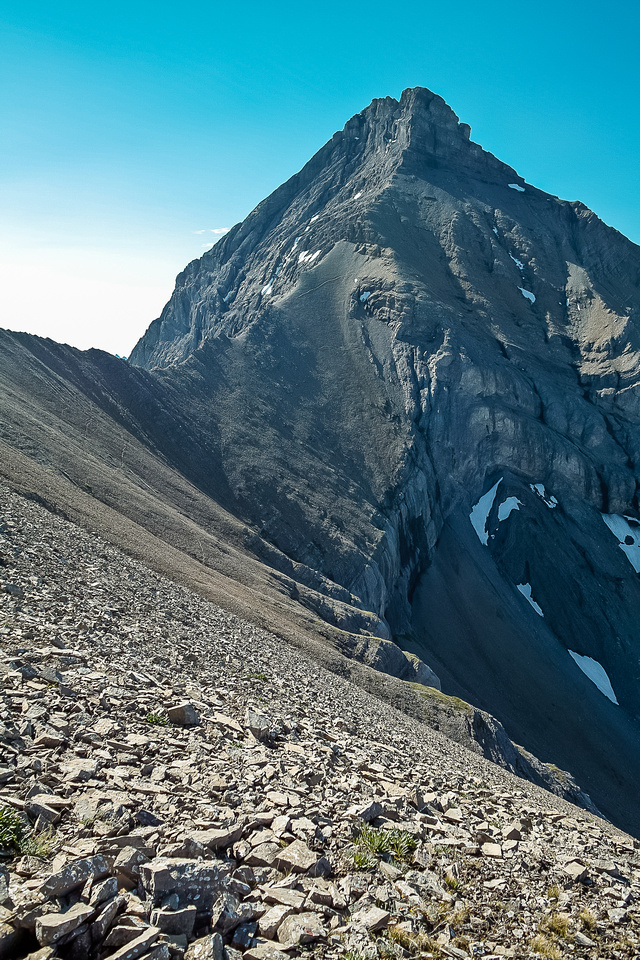 Mount Murray looks intimidating from this angle. You traverse right around the summit block to easily gain the summit.