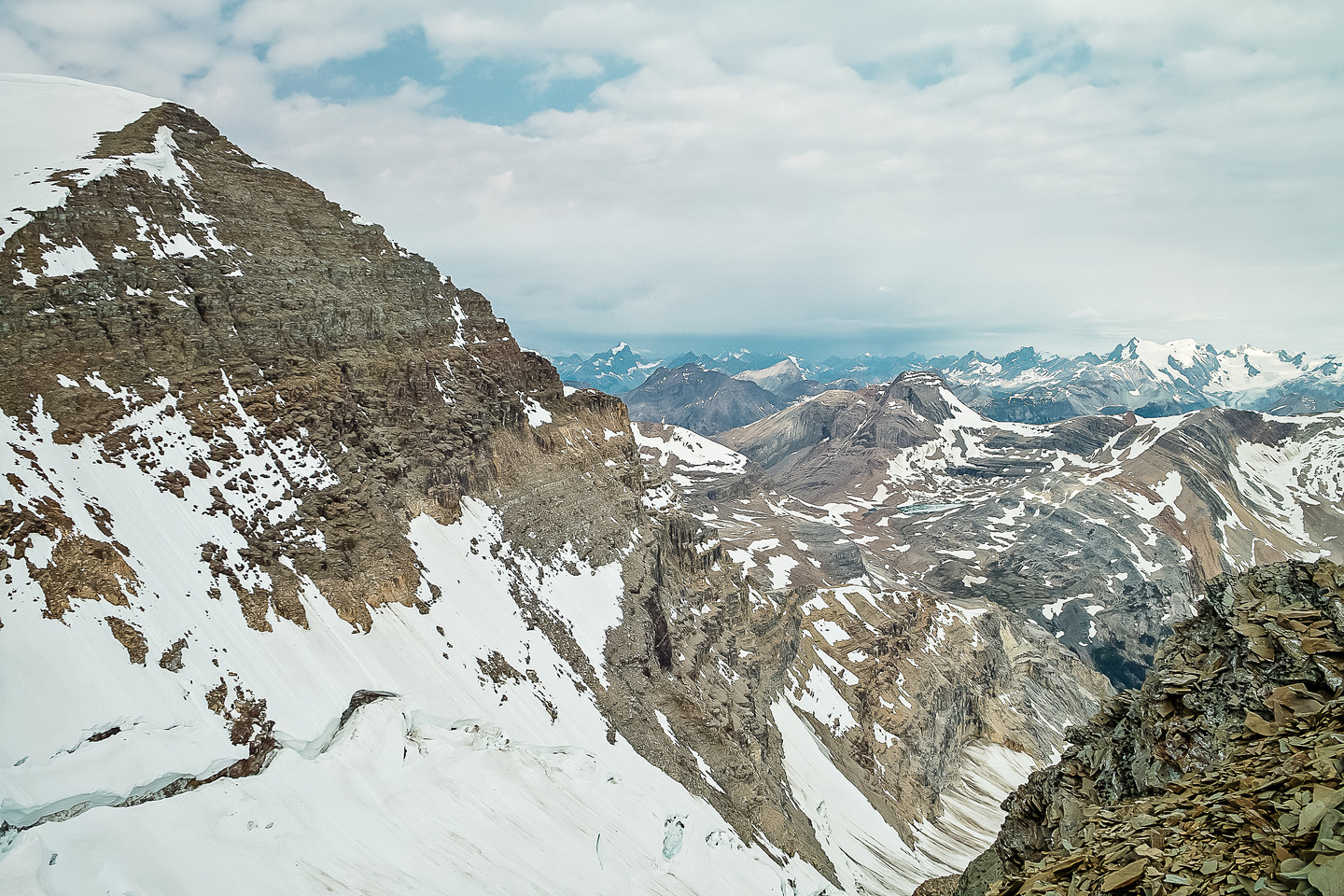 Descending to the col.