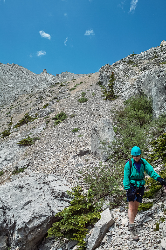 Descending from the east ridge to the valley.