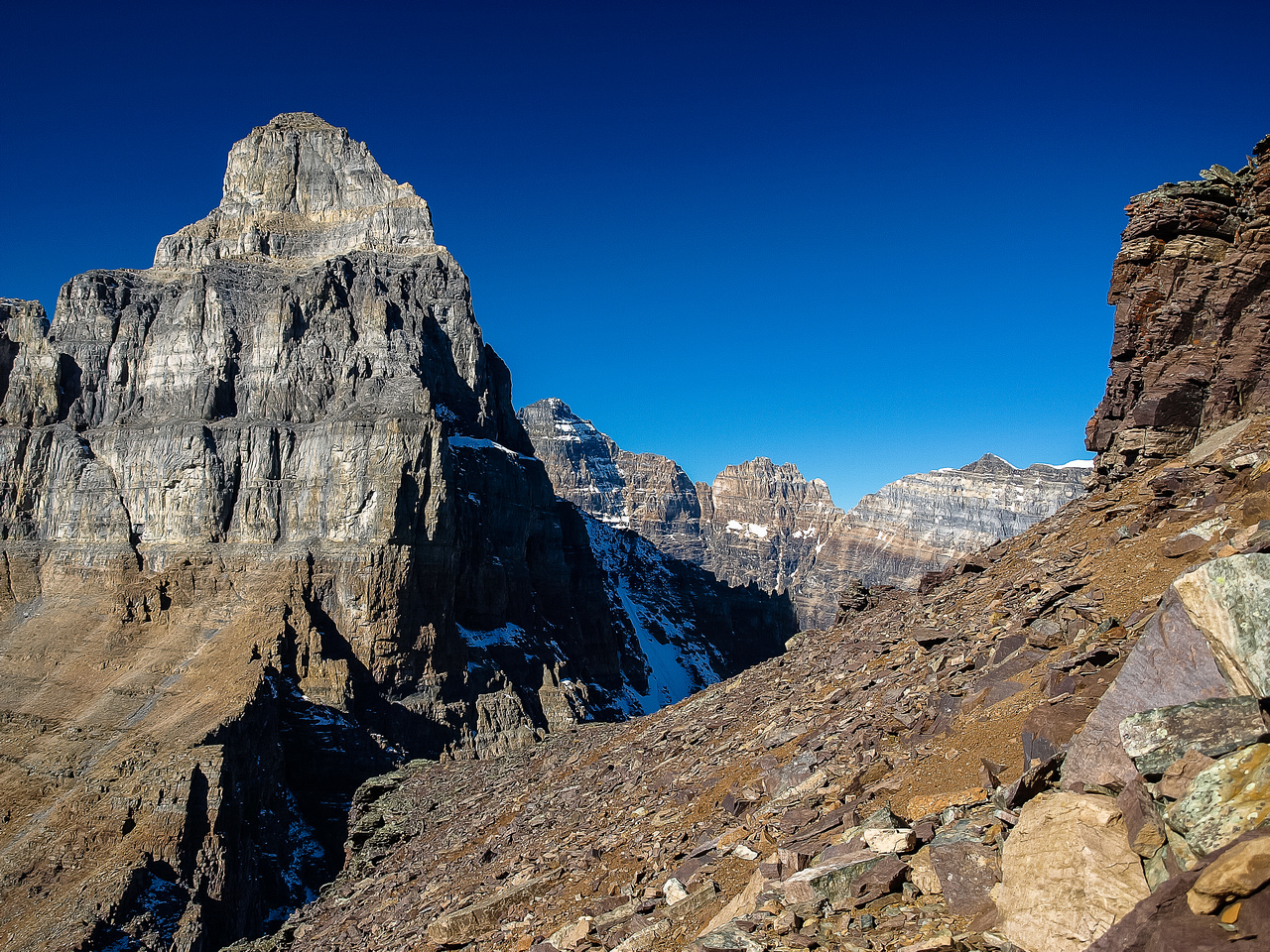 Looking through the Pinnacle Col / over Sentinel Pass.