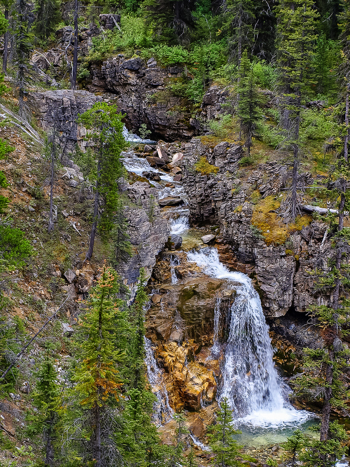 """This is the """"major waterfall"""" along Hawk Creek that Kane mentions. It's a peaceful setting for sure."""