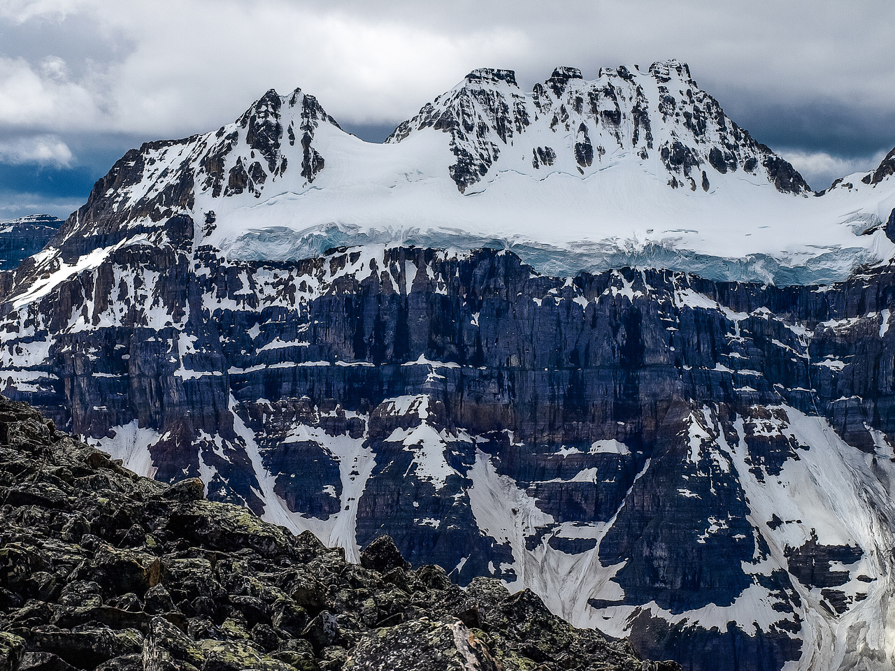 Incredible views of Bident (L) and Quadra (R).