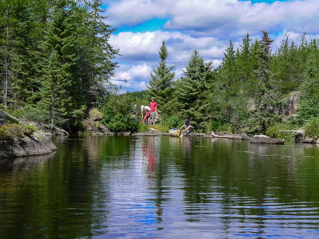 Finishing a short portage along the river from Petch to Reynar.