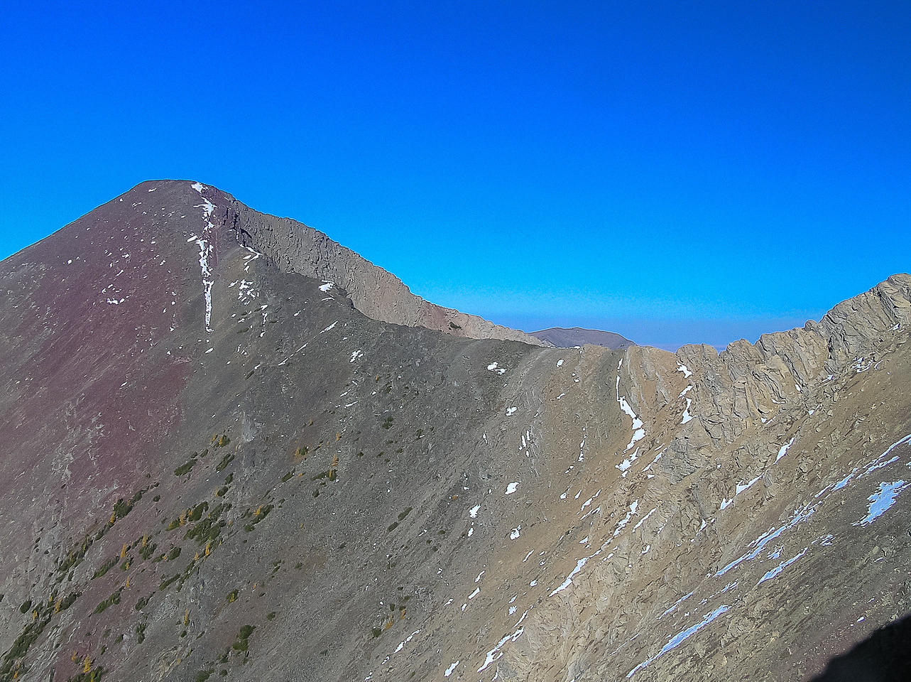 Buchanan Ridge is seen in the upper left and the traverse to the cliff bands goes to the right.