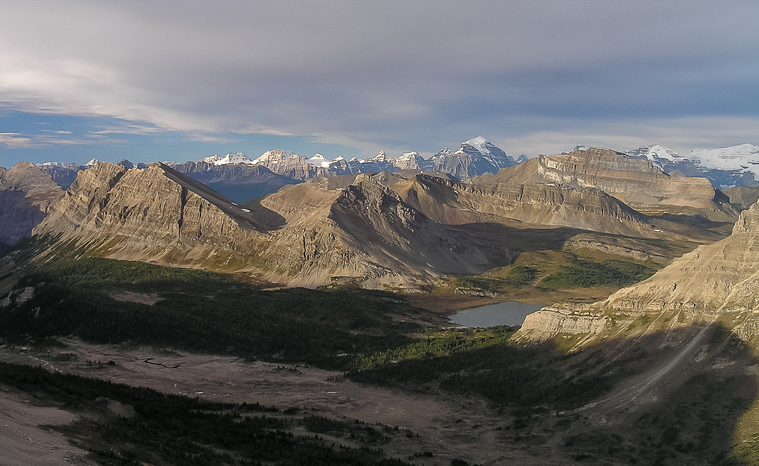 Baker Lake and Anthozoan, Brachiopod, Heather Ridge and Redoubt (L to R) from the southern ascent slopes of Oyster Peak.