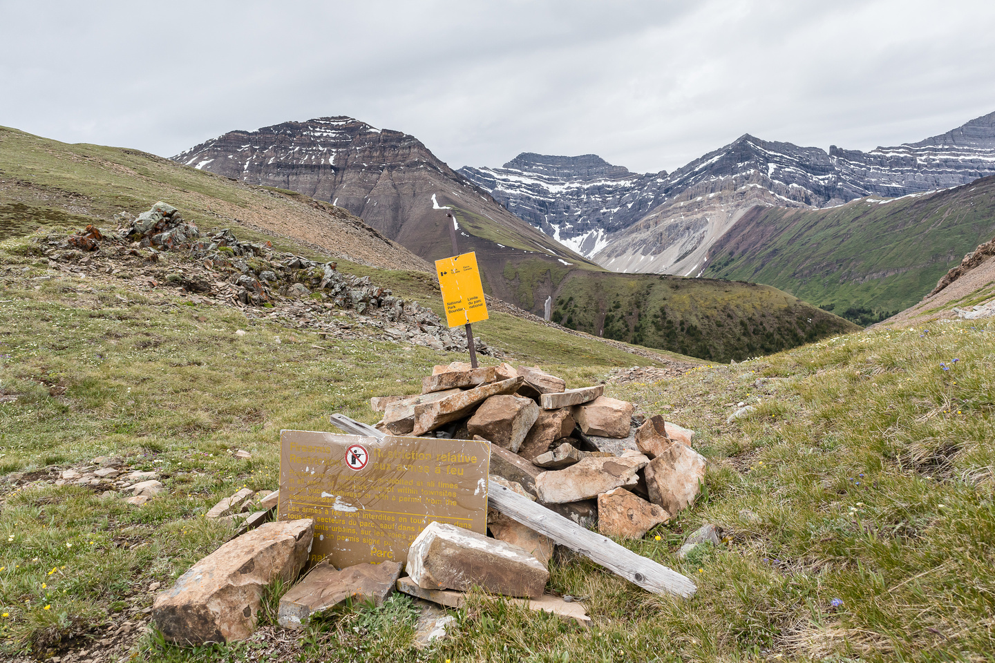Shale Pass. The Banff park boundary.