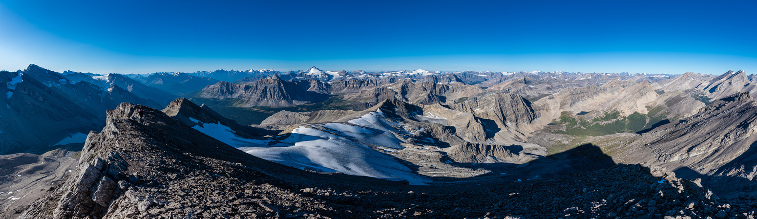 Summit panorama from Cataract (L) to Pipestone, Minnow, Hector and Willingdon (R).