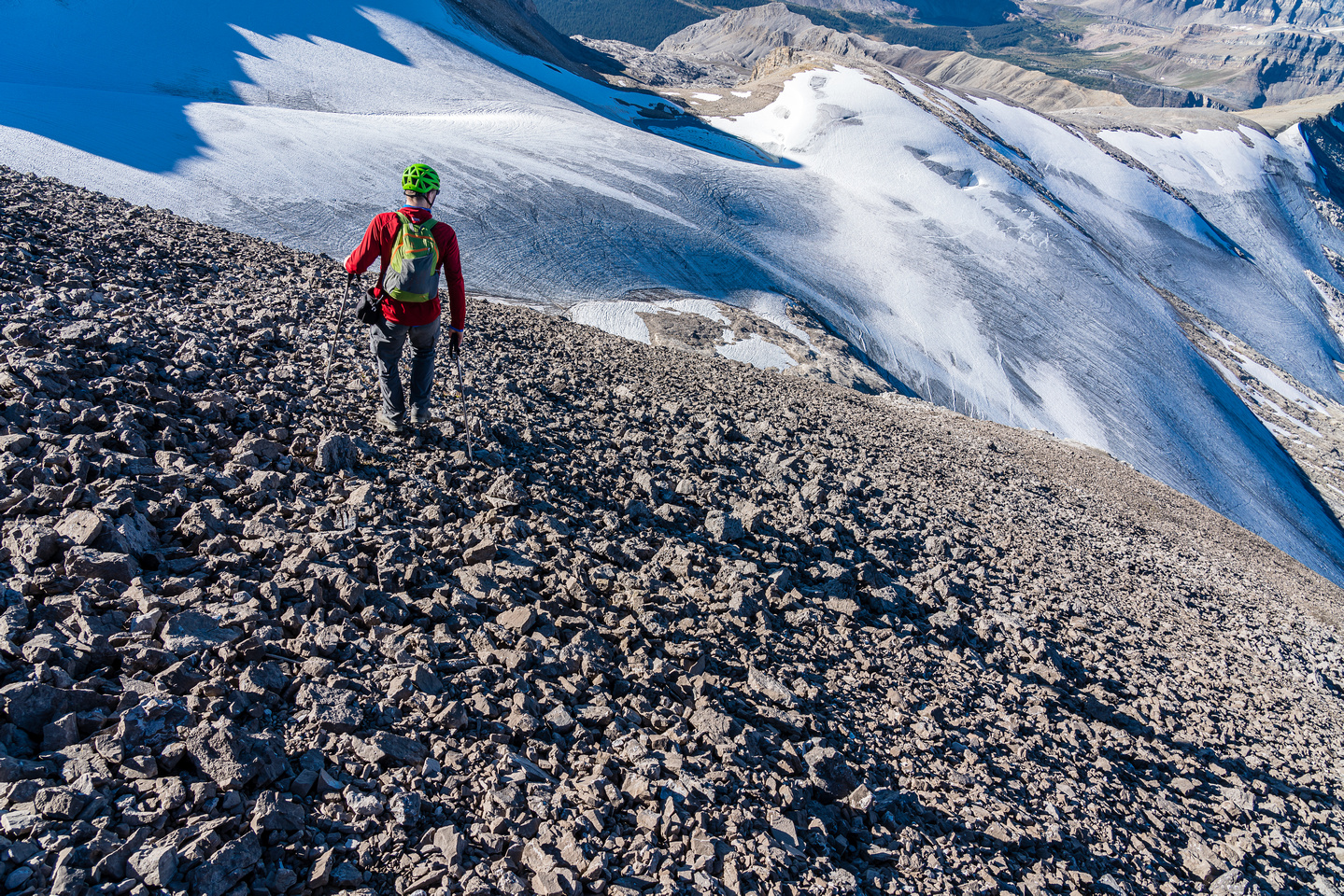 Starting the fast descent of the SW face.