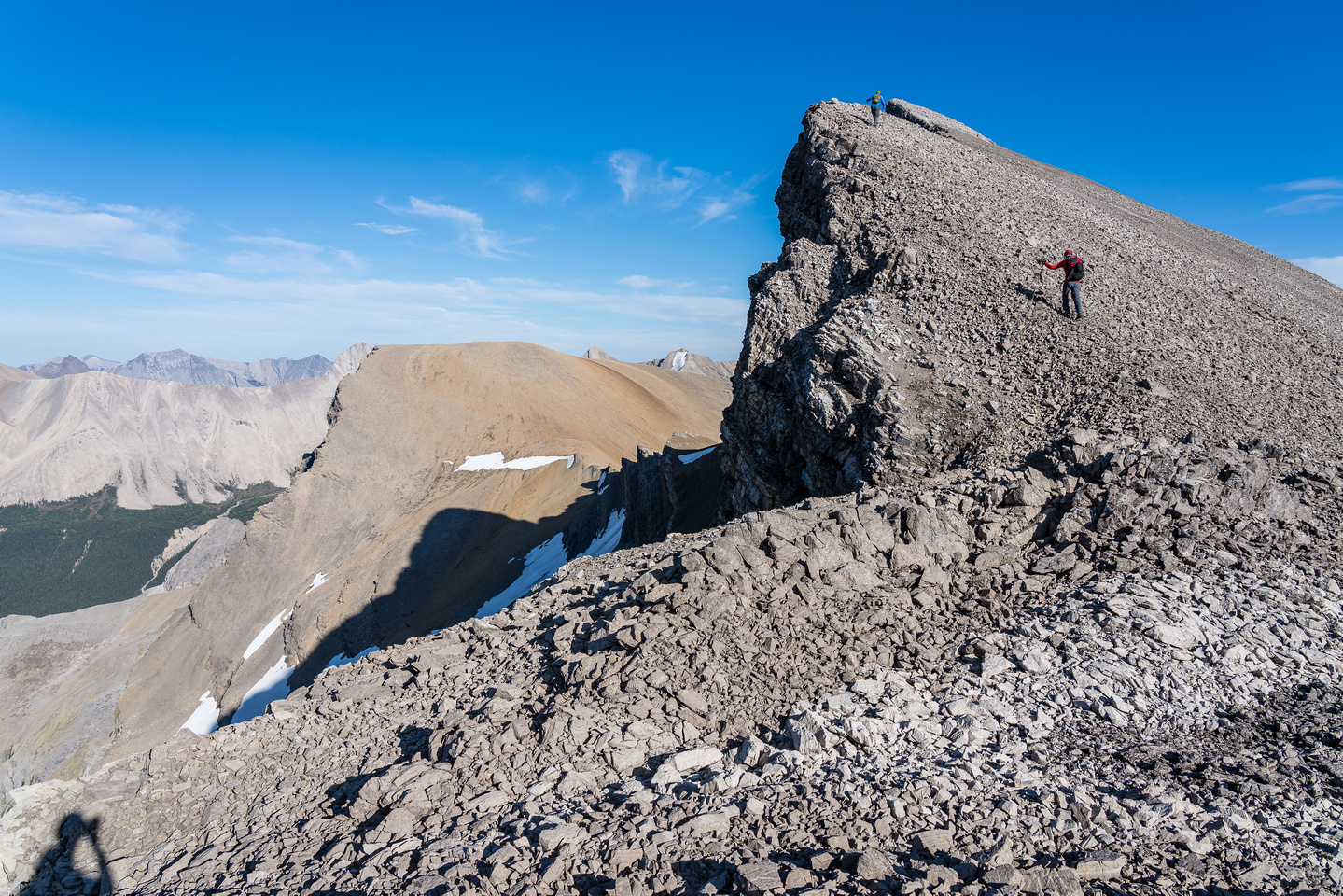 Ascending the scenic NW ridge of Dip Slope Mountain.