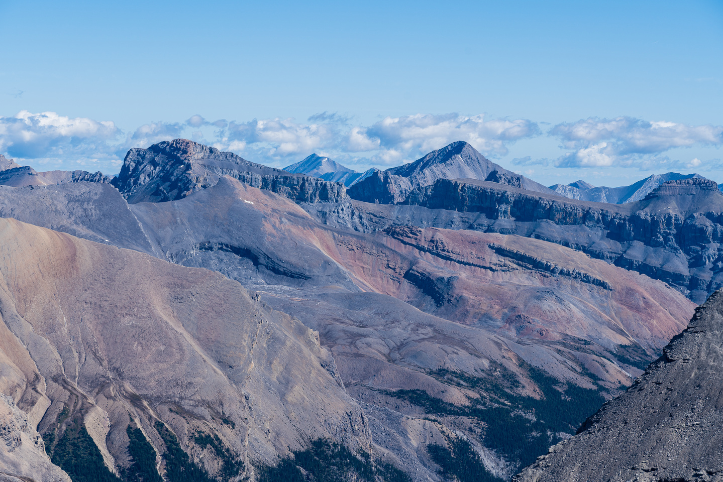 Icefall Mountain (L) and Mamen Peak (C-R) are both over 10,500 feet high. Whelk in between them.
