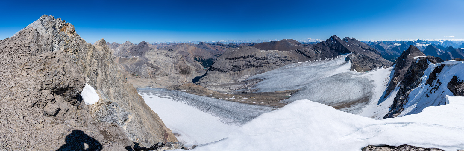 More incredible views off the summit ridge looking east over the glacier.