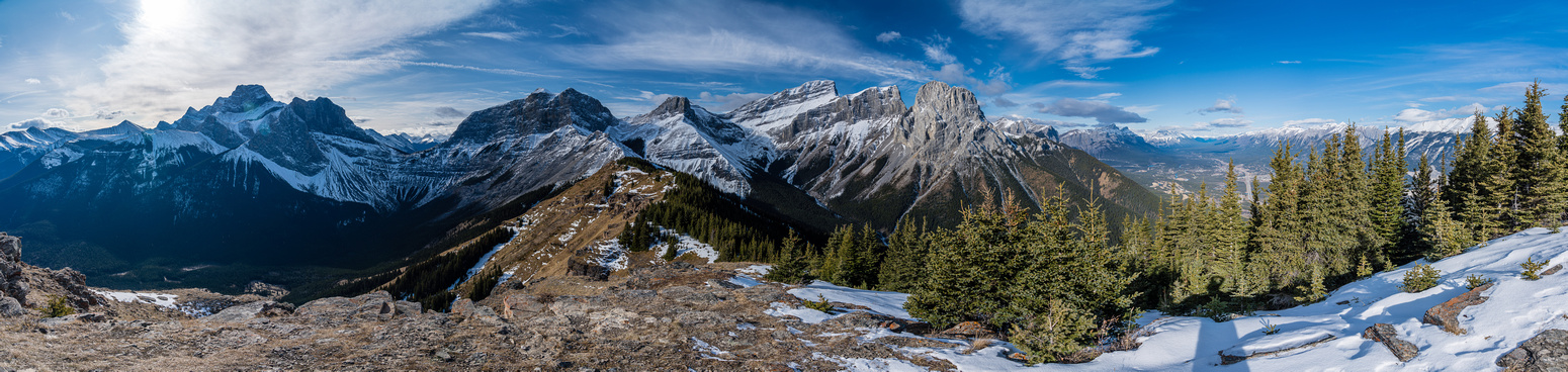 Summit views of the three sisters (R), Orphan, Rimwall, Windtower, Lougheed, Allan & Collembolla.