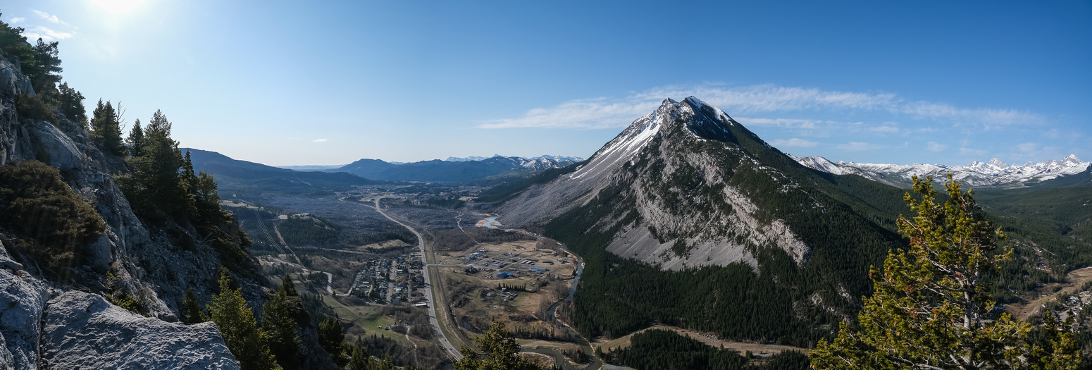Looking back over the SE ridge and the Crowsnest River towards Turtle Mountain.