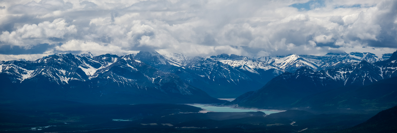 Incredible views over Abraham Lake include Phoebe's Tit, Elliott Peak, Sentinel Mountain, Mount Hensley, Windy Point Ridge, Lioness Peak, Resolute Mountain.